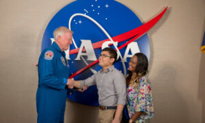 Kennedy Space Center Dine with an Astronaut
